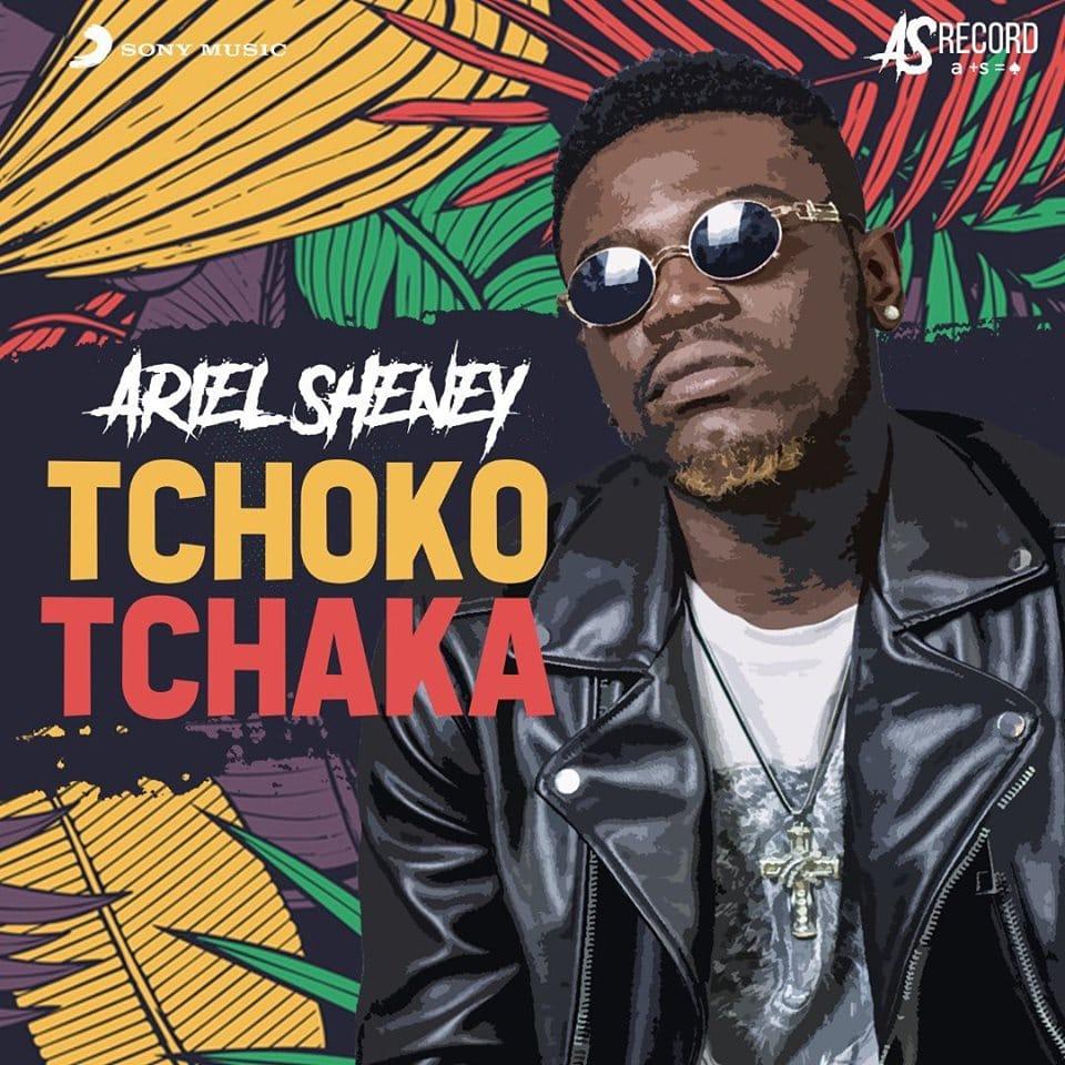 "Photo de ARIEL SHENEY SORT SON ""TCHOKO TCHAKA"""